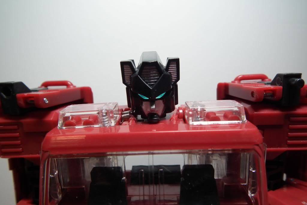 Collection de Braveheart: Venez voir mon musé personnel de Transformers - Page 5 DSCF3008