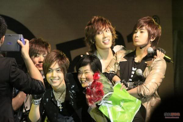 ~ Galerie - Only SS501 ~ - Page 4 010709-1st-fan-meeting-hongkong-2