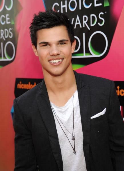 Kids Choice Awards 2010 /  Guild Awards 2010- 2011 Taylorkca2