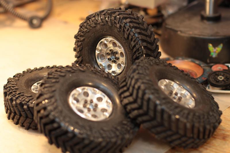 Collection de pneus RC - EncoreUneMod! BajaClaw1