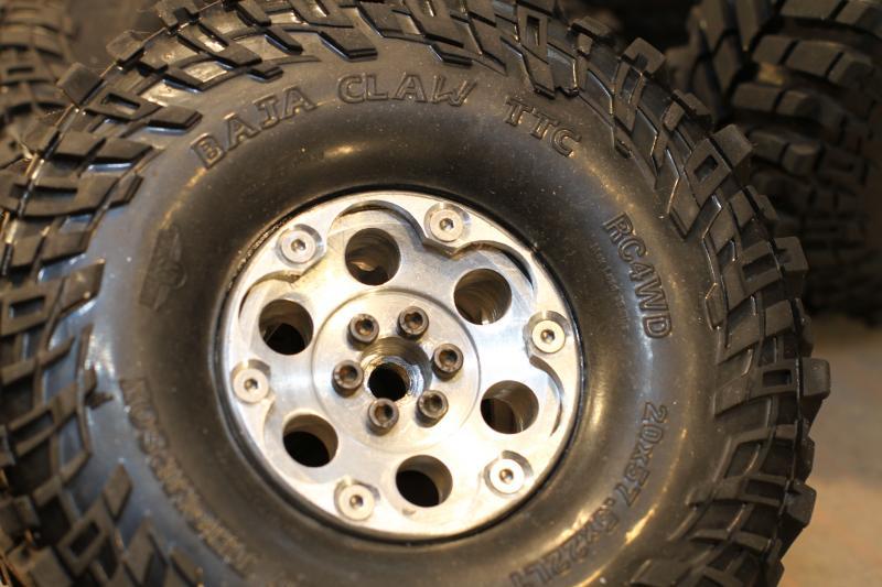 Collection de pneus RC - EncoreUneMod! BajaClaw4