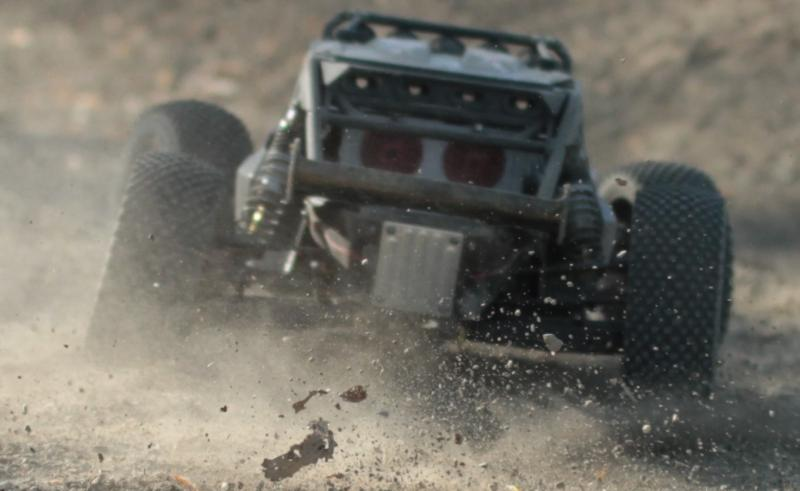 Axial Exo Terra Buggy - Page 3 Exo_Chase_Zoom
