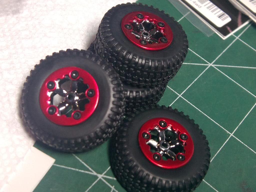 Collection de pneus RC - EncoreUneMod! IMG_20121102_235203