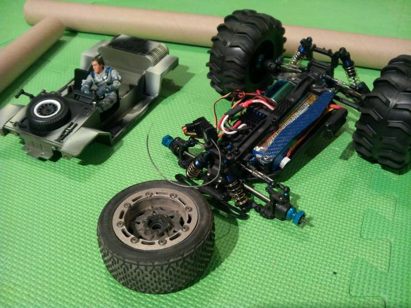 Projets RC *** G.I. Joe *** IMG_20121221_024940_zpsbc169141
