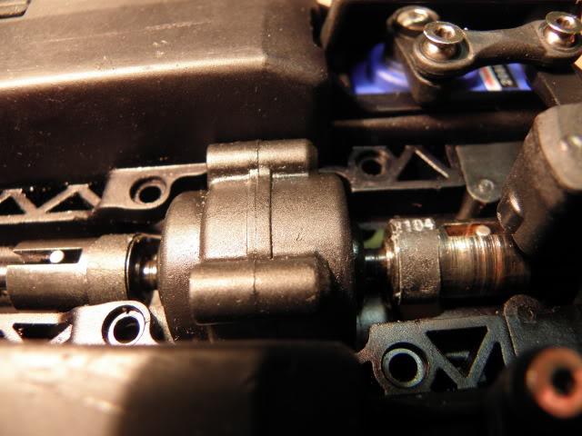 [New] Central Drive Shaft 1/16 par Integy - Page 3 P3190442