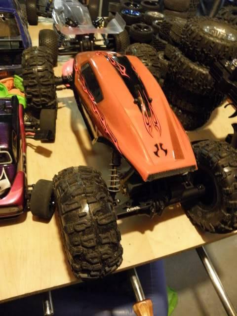 XR-10   Crawler à deux moteurs P6240806