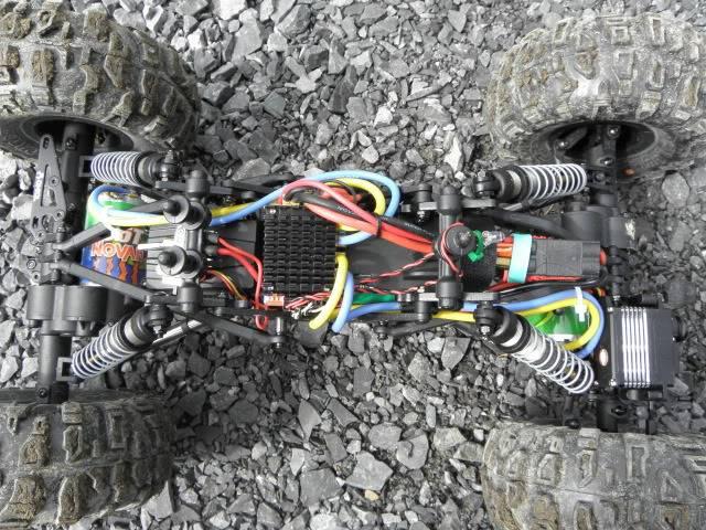 XR-10   Crawler à deux moteurs P6260810