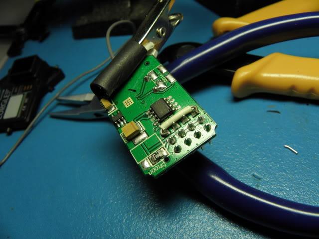 Dual servo sur revo vxl 1/16 PB122485