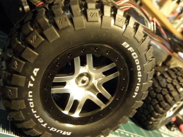 Collection de pneus RC - EncoreUneMod! P2190398