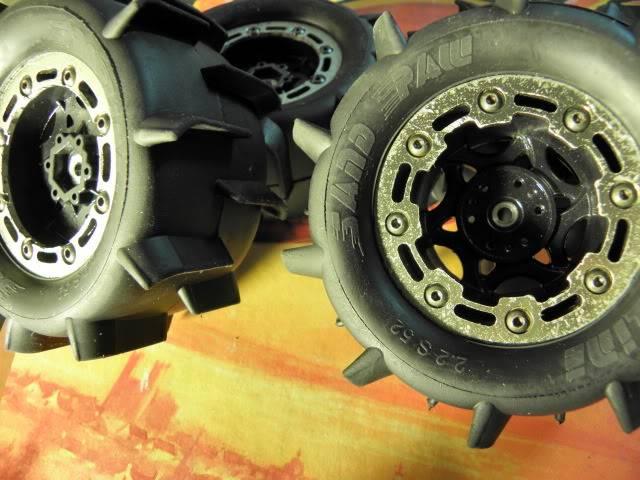 Collection de pneus RC - EncoreUneMod! P4010831