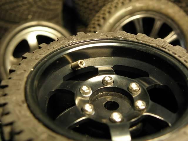 Collection de pneus RC - EncoreUneMod! P5060737