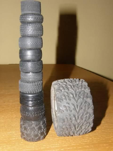 Collection de pneus RC - EncoreUneMod! WheelieBar_tireoption1