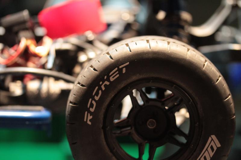 Collection de pneus RC - EncoreUneMod! Rocket_Tire