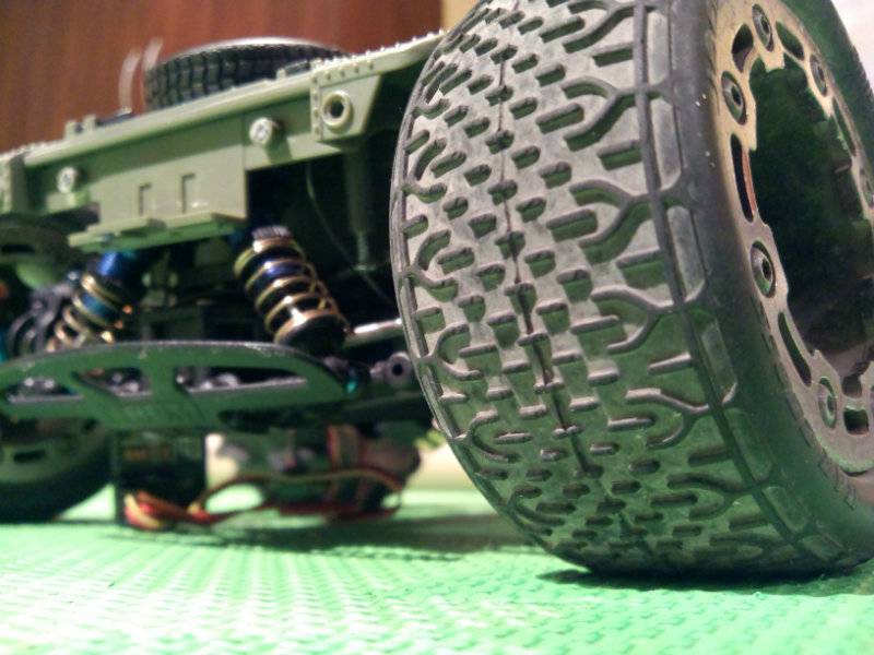 Collection de pneus RC - EncoreUneMod! SmallGIJoetire1_zps5f4c3c3b