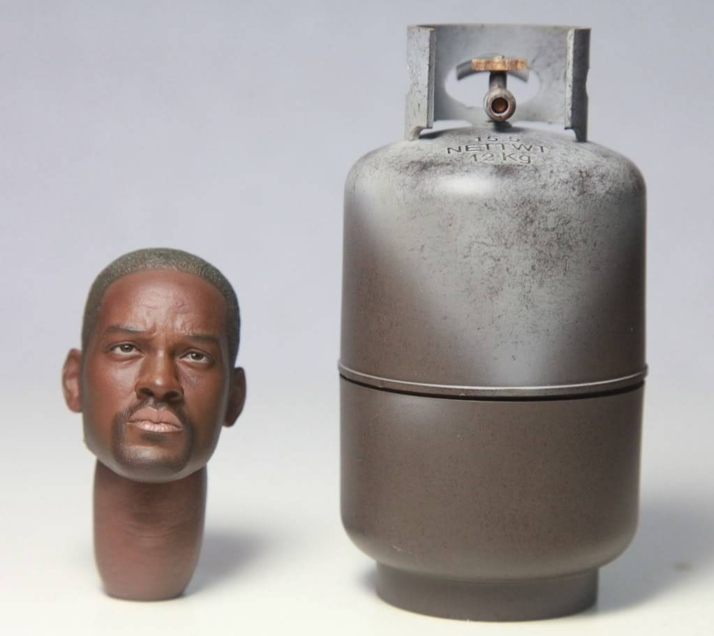[LOADING TOYs] Will Smith 1/6 scale 198-5