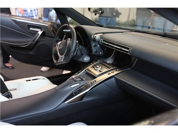 Lexus LFA Matte_black_lexus_lf_a_sema_2009_18-568-426