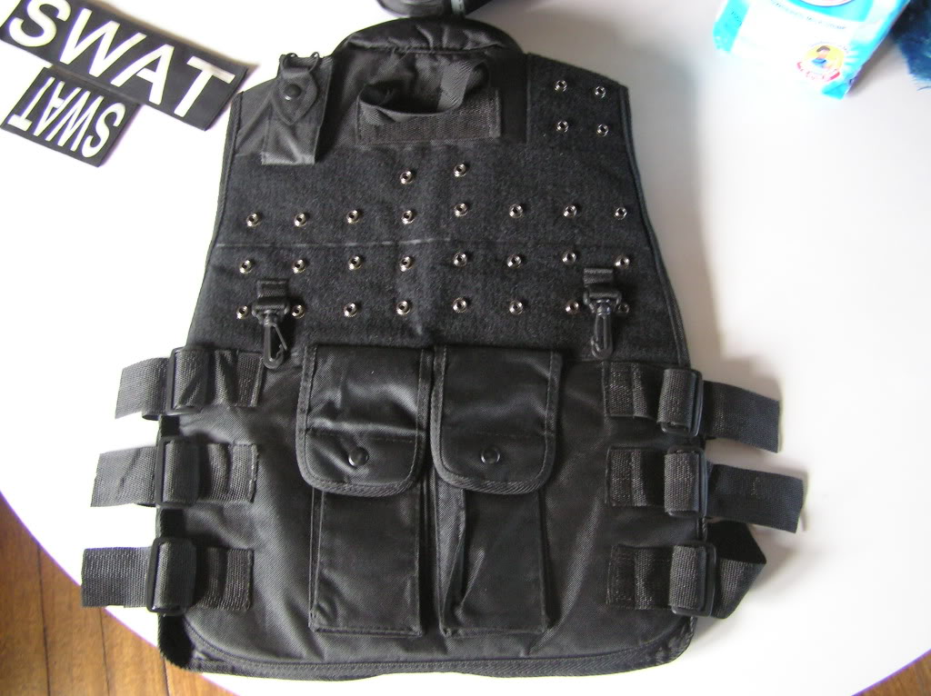 assorted airsoft parts with pics updated:march 25,2011 P1010072