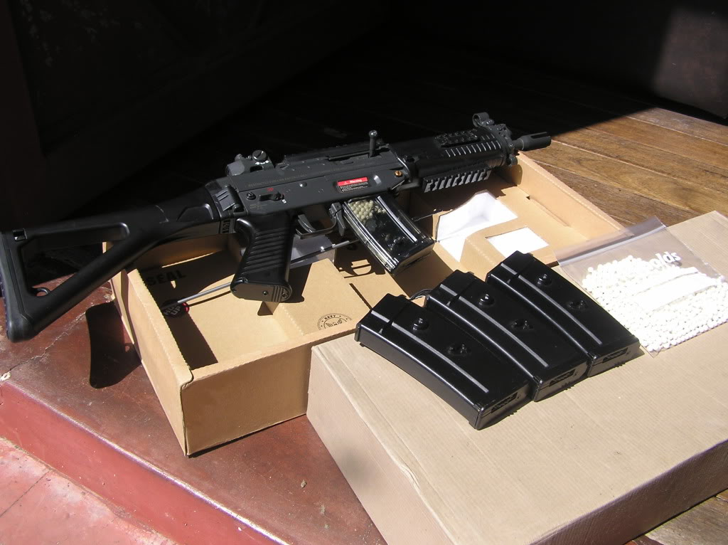 assorted airsoft parts with pics updated:march 25,2011 P1010024