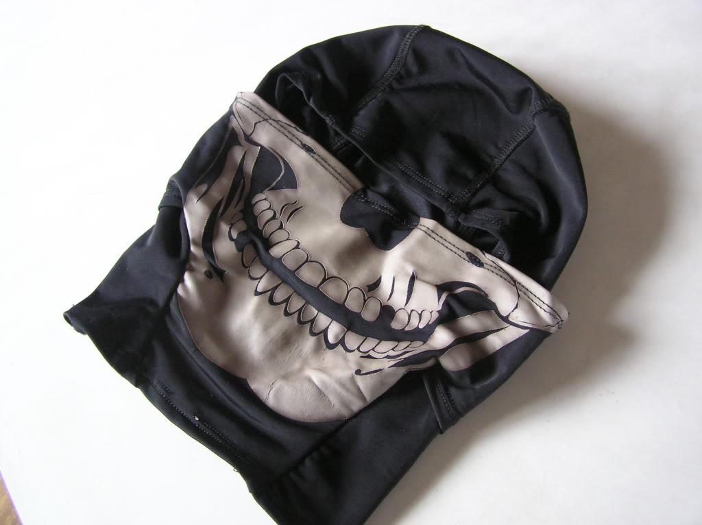 authentic skull balaklava P1010217