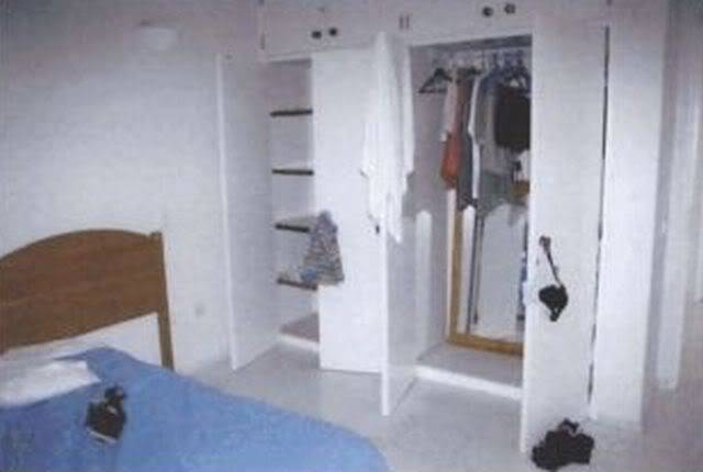 Forensic Pictures May 4th 4.30pm Wardrobe09_VOLUME_IXa_Page_2311