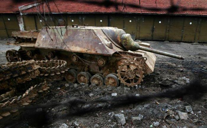 Jagdpanzer en piteux état (Dragon 1/72) Afp123021902002113033_big