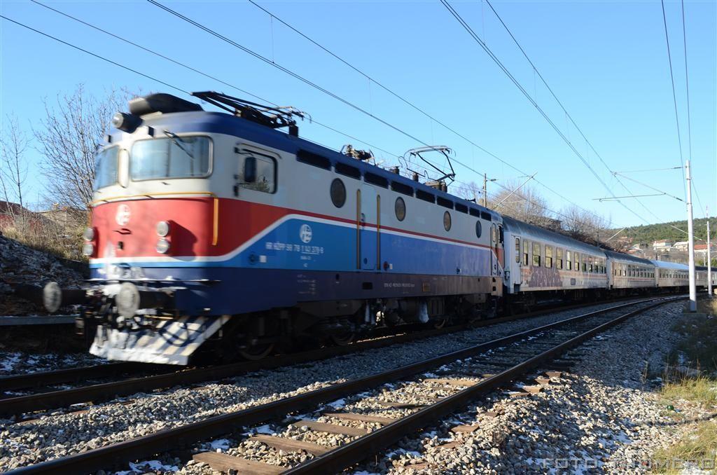 Vlakovi u daljini - Page 4 DSC_6183_zpsc1351cfe