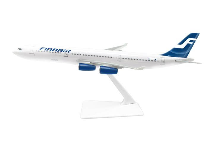 Vand machete avioane civile (multe raritati) A340Finnair