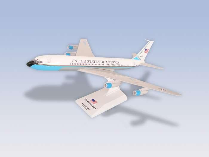 Vand machete avioane civile (multe raritati) B707AFO-1