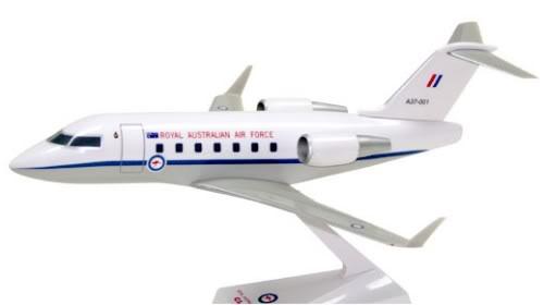 Vand machete avioane civile (multe raritati) CL601RAAF