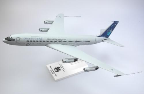 Vand machete avioane civile (multe raritati) SM707RAAF