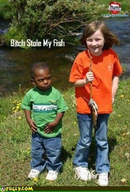FUNNY PIC THREAD!! JULY!! Bitch_stole_my_fish_funny_picture