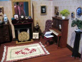Junk Victorian Roombox Pic070_640x480