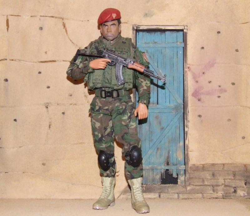 Bash --Kurdistan Zerevani Peshmerga Dscf3819_zps40cb7014