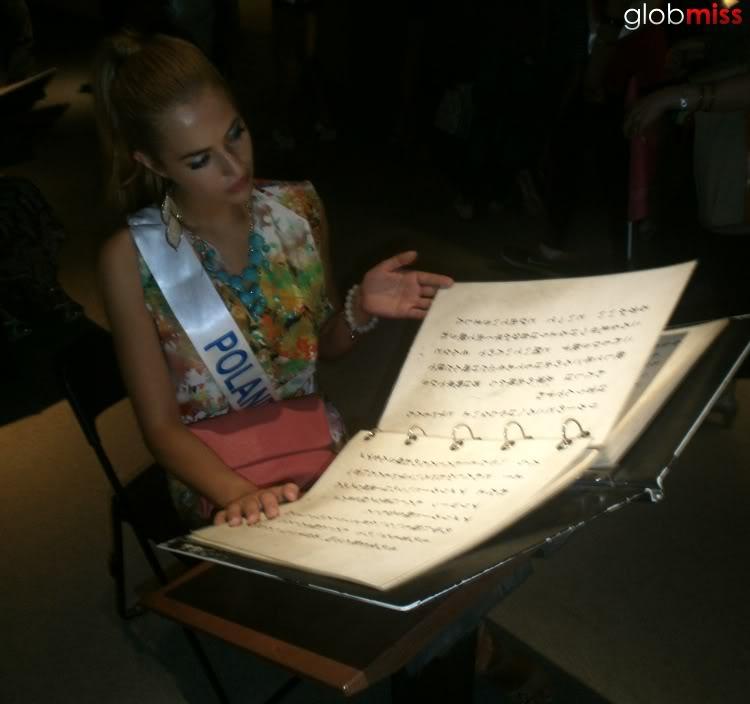 Rozalia Mancewicz (POLAND UNIVERSE 2011 and INTERNATIONAL 2012) - Page 18 Miss_poland_international_2012_rozalia_mancewicz_109