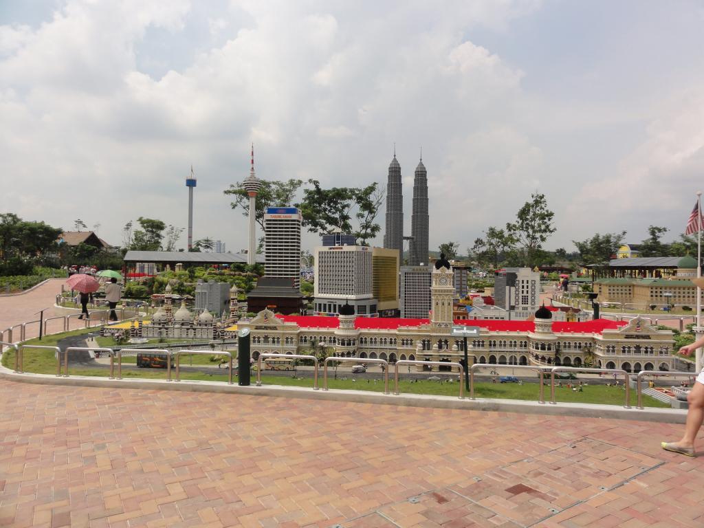 my trip to Legoland Malaysia NOV 2012 LLML0