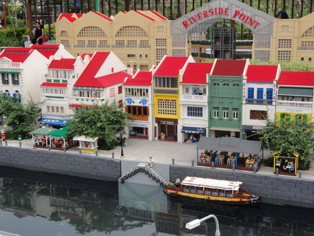 my trip to Legoland Malaysia NOV 2012 LLML20