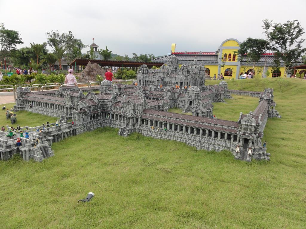 my trip to Legoland Malaysia NOV 2012 LLML26