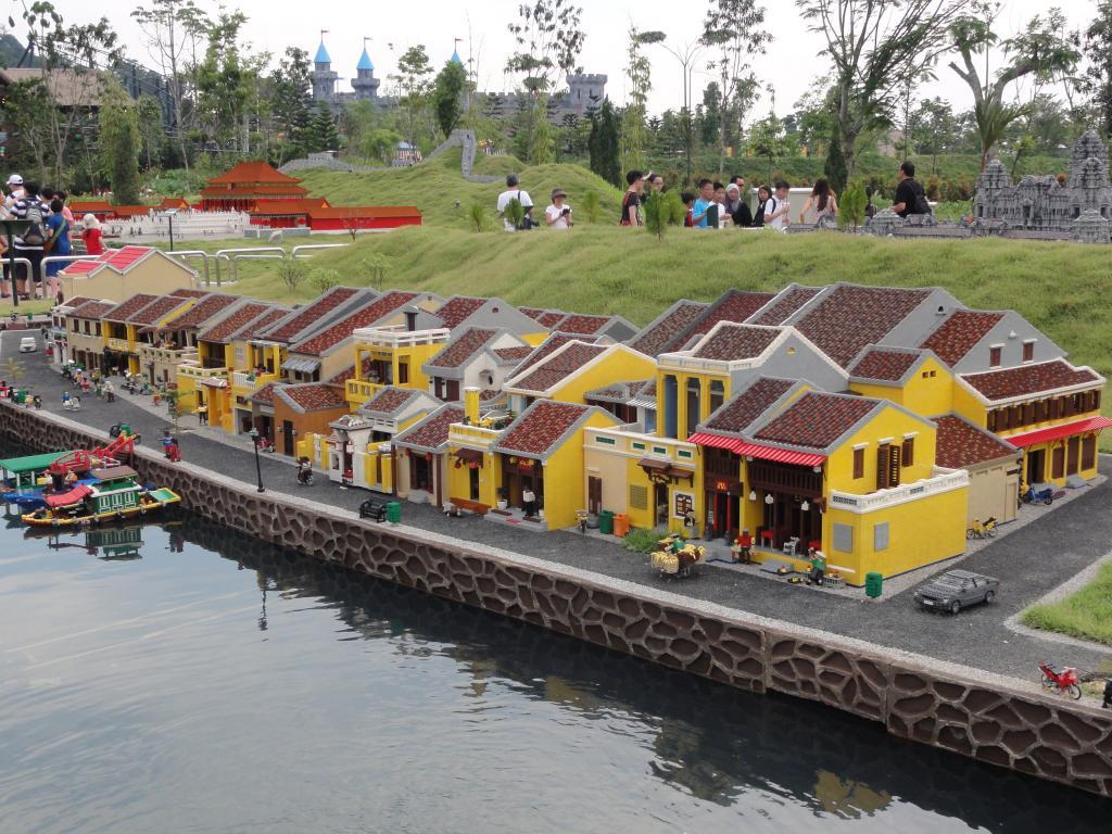 my trip to Legoland Malaysia NOV 2012 LLML28