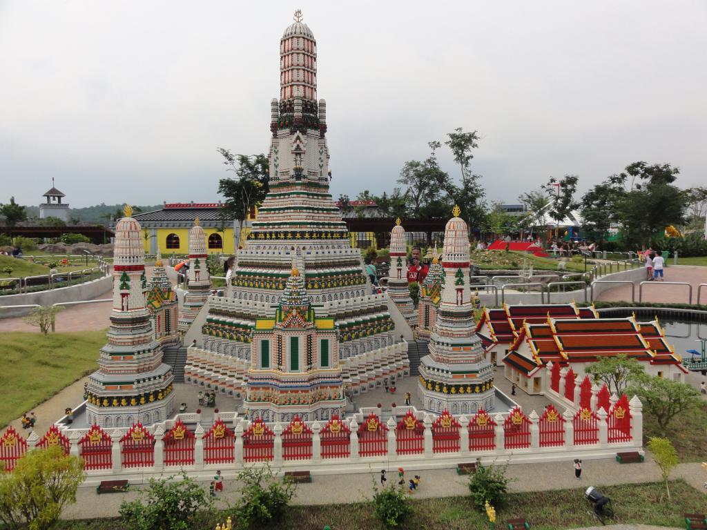 my trip to Legoland Malaysia NOV 2012 LLML30