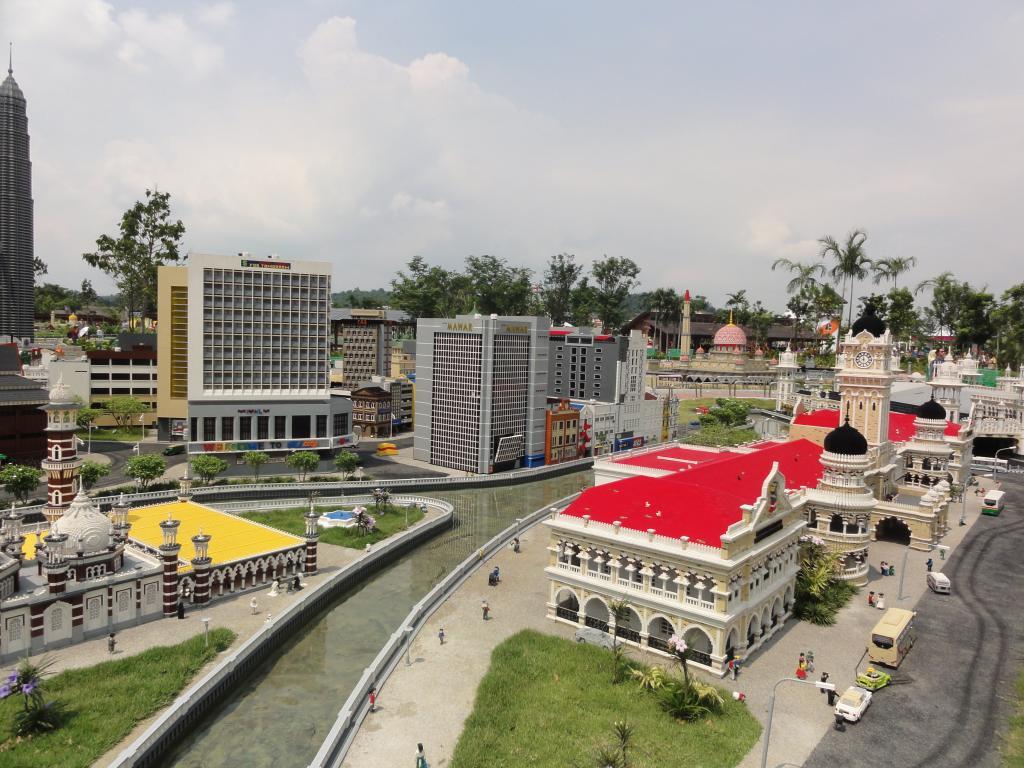 my trip to Legoland Malaysia NOV 2012 LLML6