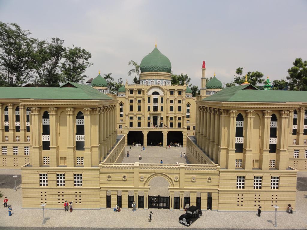 my trip to Legoland Malaysia NOV 2012 LLML7