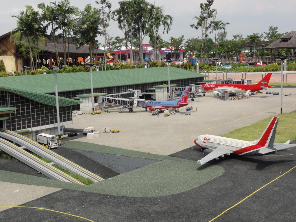 my trip to Legoland Malaysia NOV 2012 LLML9