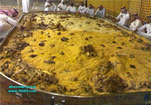 يافقراء المسلمين الصليب مع الطعام 416