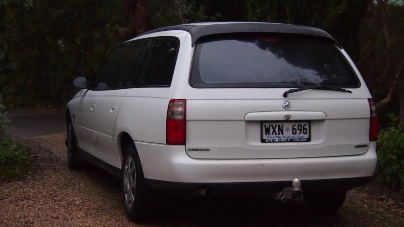 1998 holden commodore VT wagon  P1011299_zps403f495b