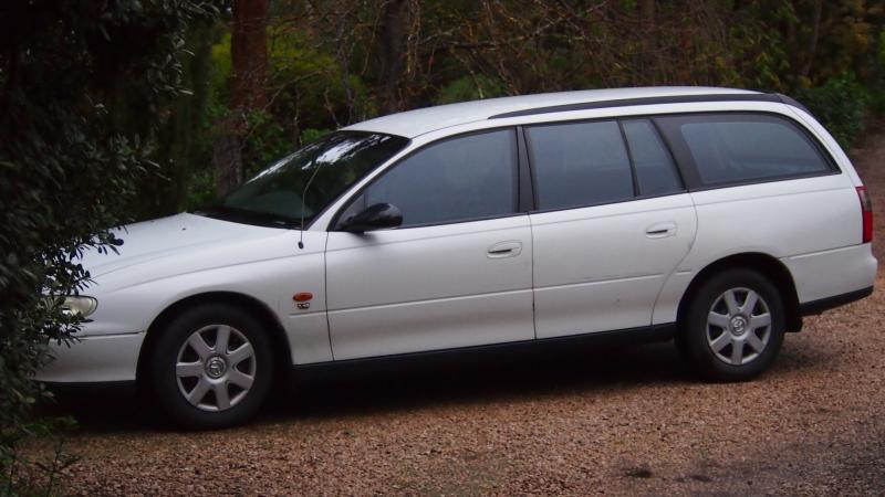 1998 holden commodore VT wagon  P1011305_zps967f5e4d