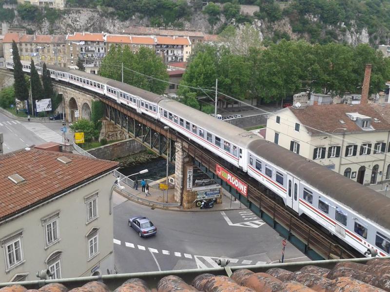 Navijački vlakovi Vl1