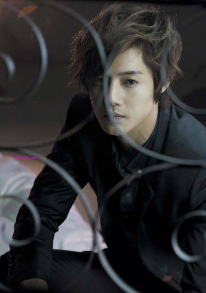 Galeria de Imagenes de Hyun Joong - Página 2 Kim_hyun_joong_03022010212951