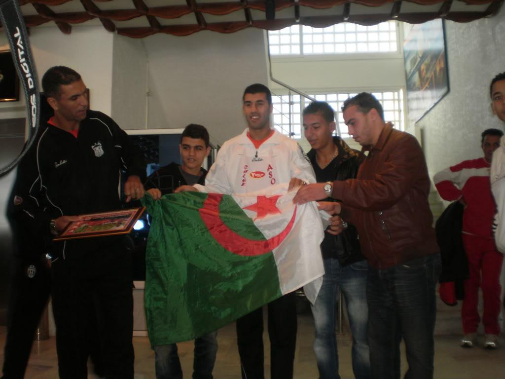 Gaouaoui_Zaoui_Belhadji_ Récompencer Par Le Forum + Tof Bahr PB030883
