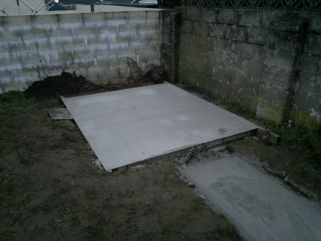 A Fishroom/shed is born 06012012227