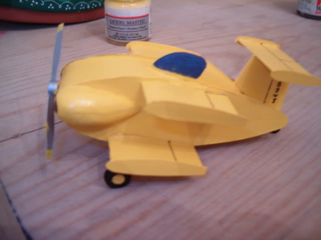 Presentandome y Bumble Bee II - TERMINADO - OCT. 03 2011 Bb2fuse021
